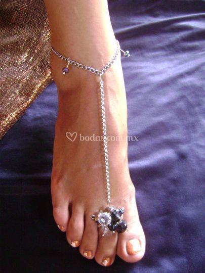 Pulsera de pie con anillo