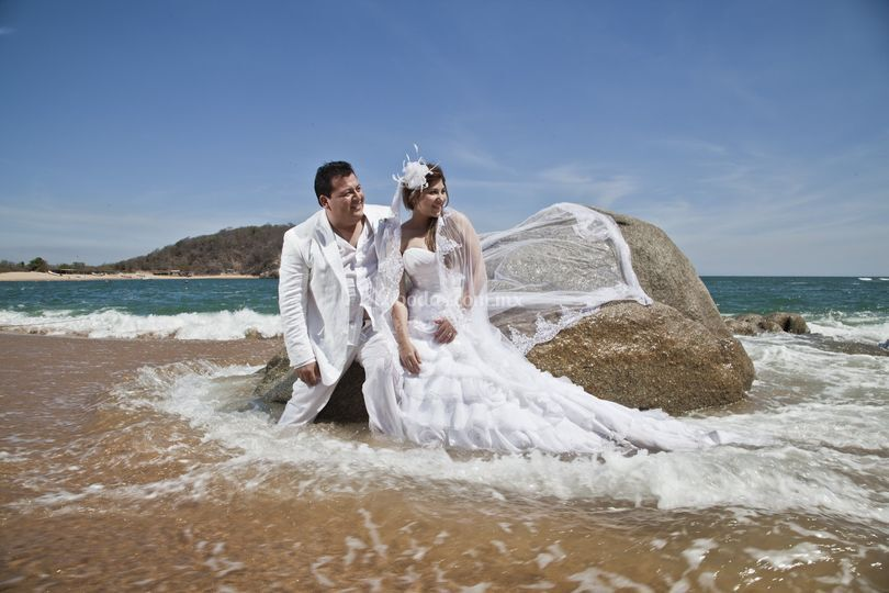 Trash the Dress Huatulco