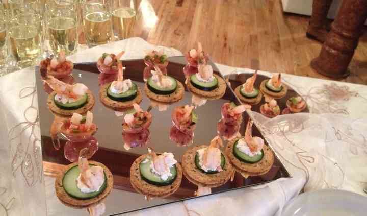 Color Borgoña Catering