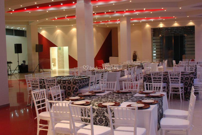 Mesas salón rojo