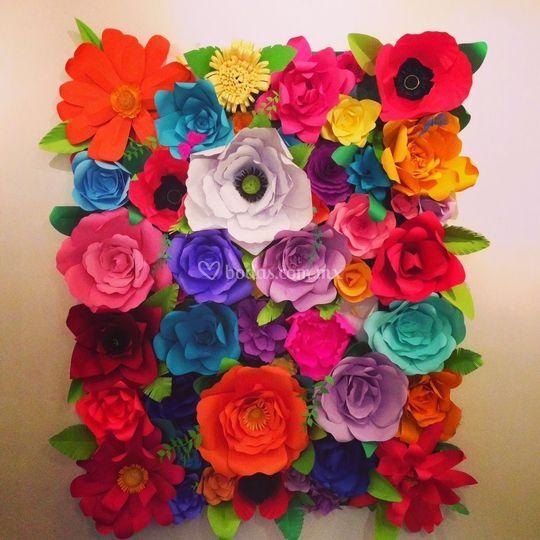 Muro flores de papel mexicano