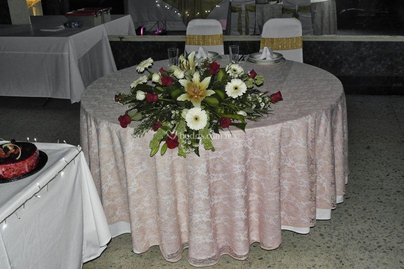 Mesa de honor para novios
