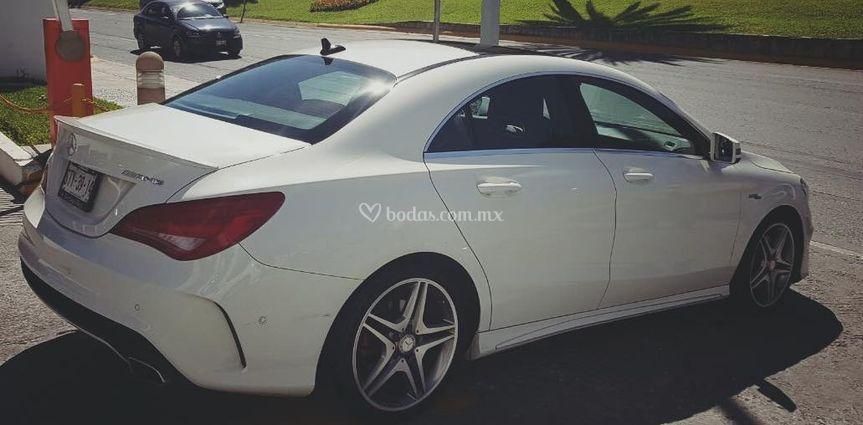 Mercedes vista posterior