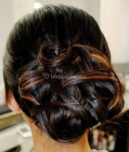 Elegantes peinados