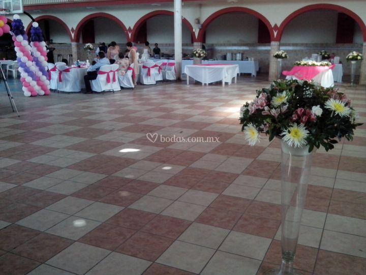 Salón Ahuacatlan, Nay