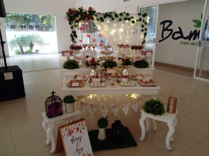 Mesa de postres boda