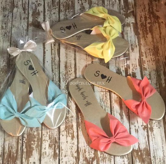 Sandalias con moño