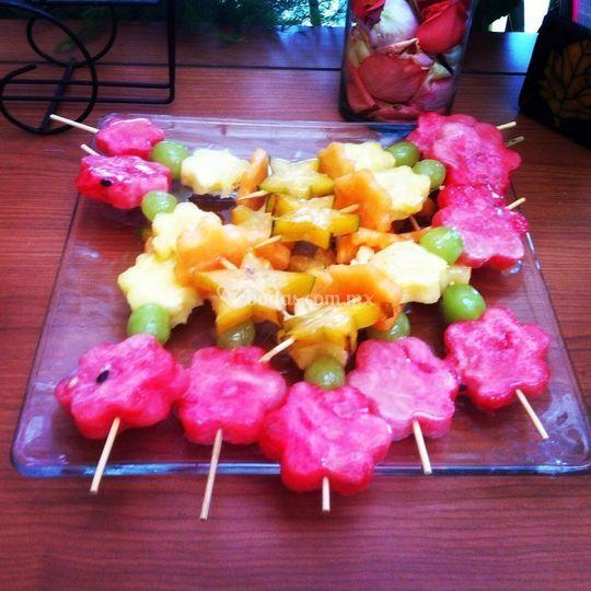 Banderillas de Frutas con Sals