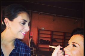 Annie  Carrera Make up Artist