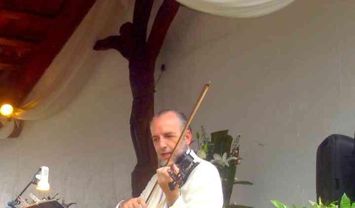 Misa de su boda con violín