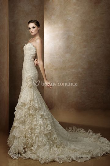 Vestido de chantilly NA685