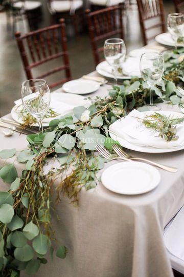 Caminos de mesa florales
