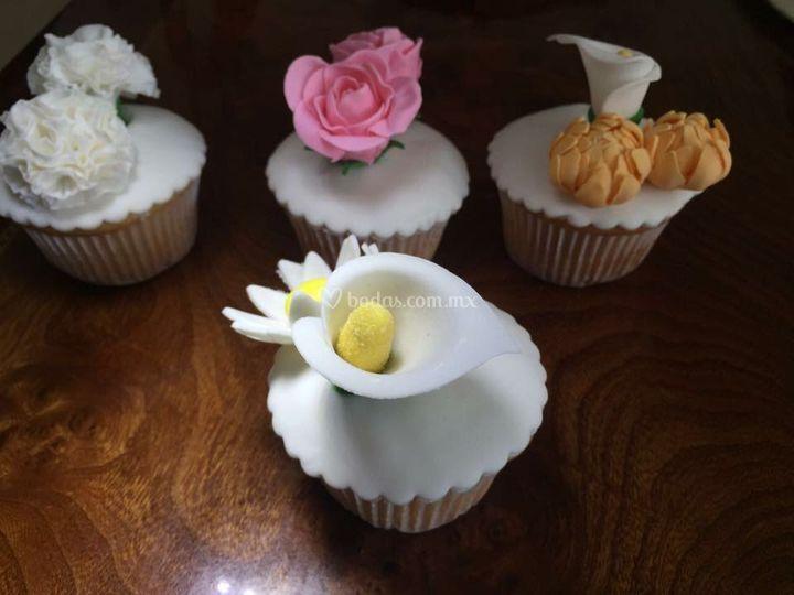 Cupcakes decorados de fondant