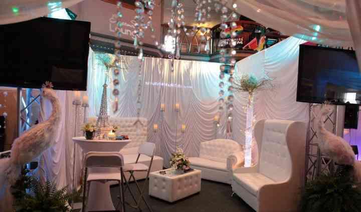 Ensenada Lounge