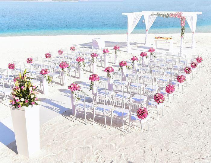 Kaana Travel & Weddings