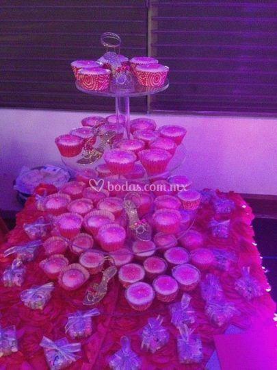 Cupcakes tematica rosa
