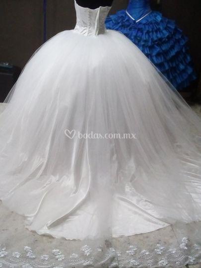 Vestido de Novia Prinss de Lino Fino | Foto 1