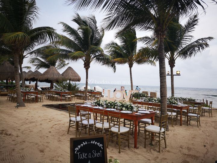 Recepción en playa gazebo