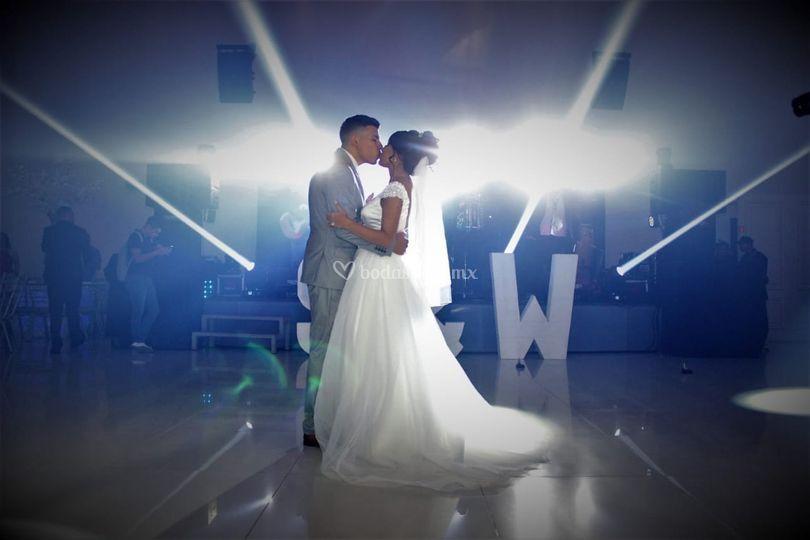 Dj tech wedding