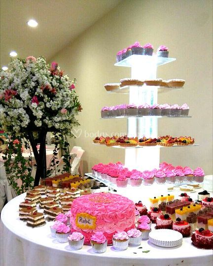 Mesa de mini cakes