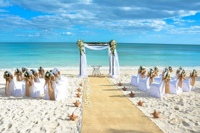 Resultado de imagen de bodas en el mar