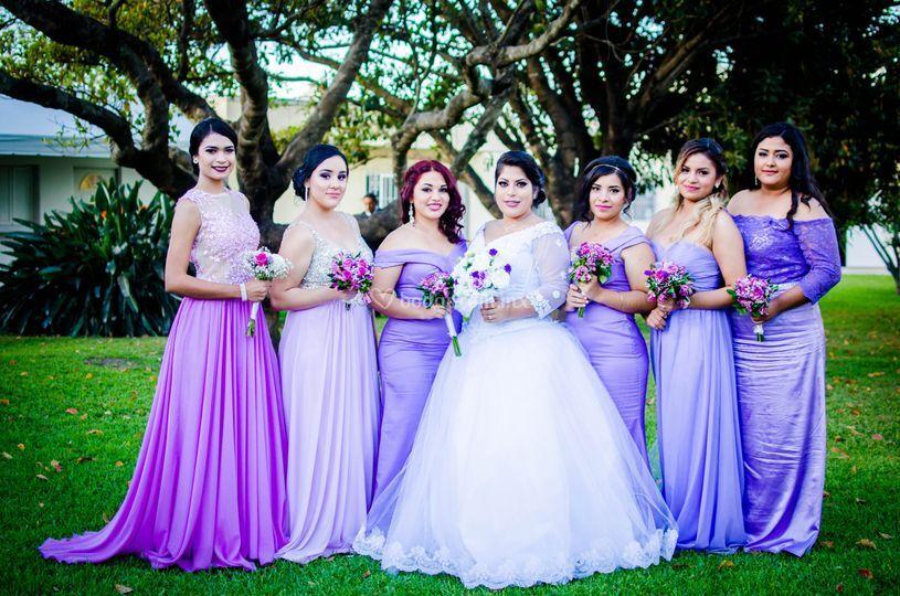 La novia con las damas