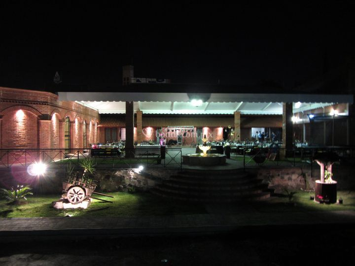 Vista nocturna salón