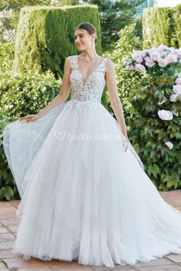 Laura Reza Brides