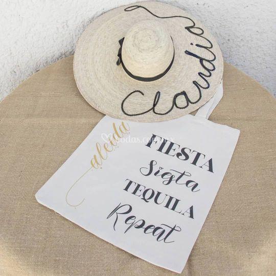 Sombrero y bolsa manta