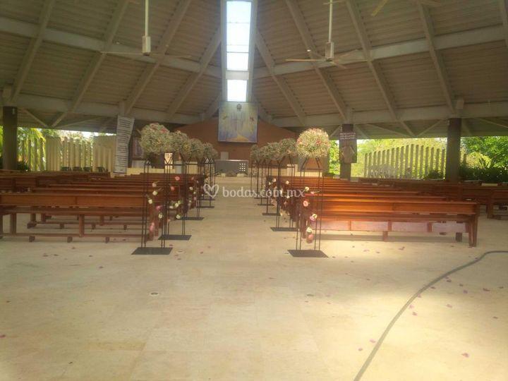 Iglesia Santa Cruz De Laurel Events Foto 5