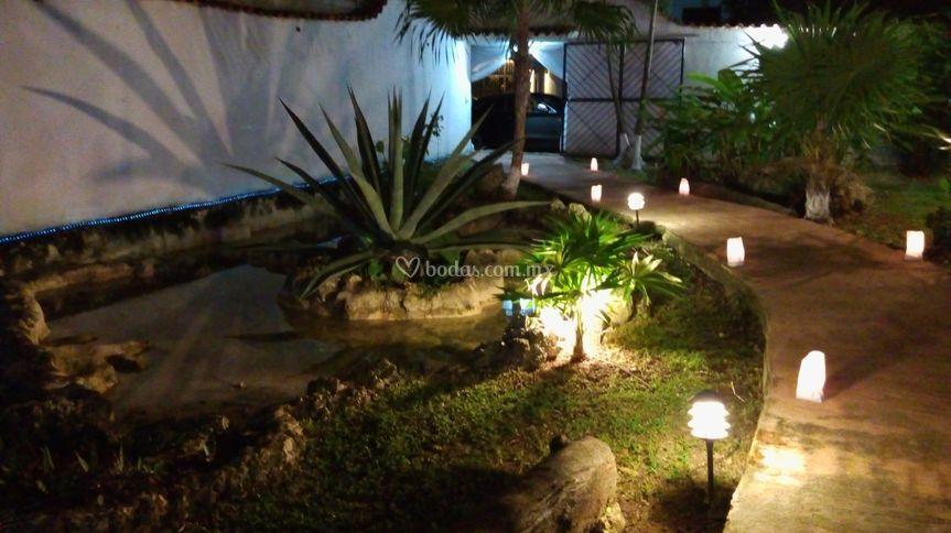 Iluminaci n de jard n las moritas foto 17 - Iluminacion de jardines fotos ...
