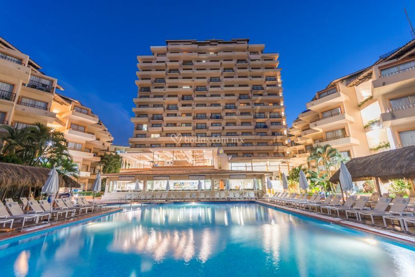 Friendly Hola Vallarta Hotel