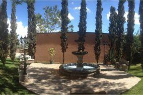 Los Cipreses Terraza Jardín
