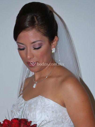 La novia hermosa