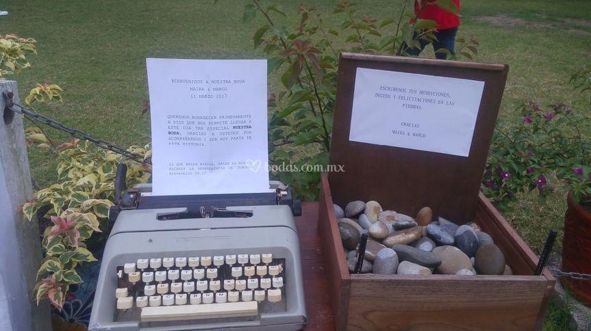 Renta de maquina escribir