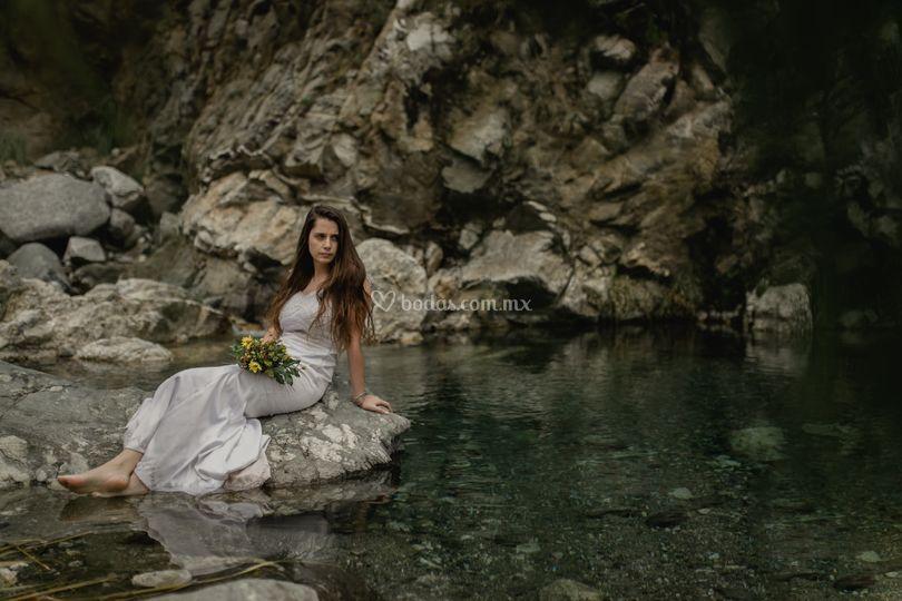 Novia en Lago