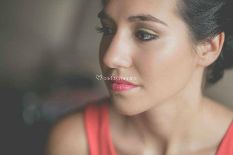 Kons Maquillaje y Pestañas