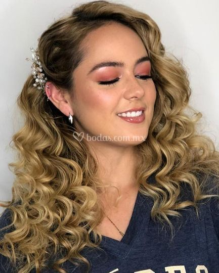 Paola Torres Beauty Artist