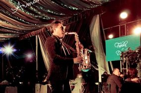 Armando Vela Saxofonista