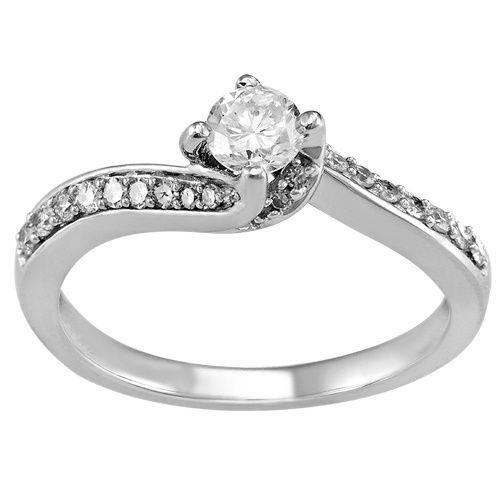 56a1a4716250 Anillo de compromiso diamantes de Amelie Joyas