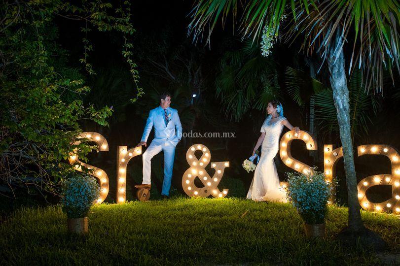 Sr y Sra esposos