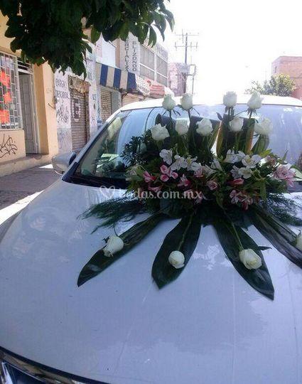 Auto para la boda