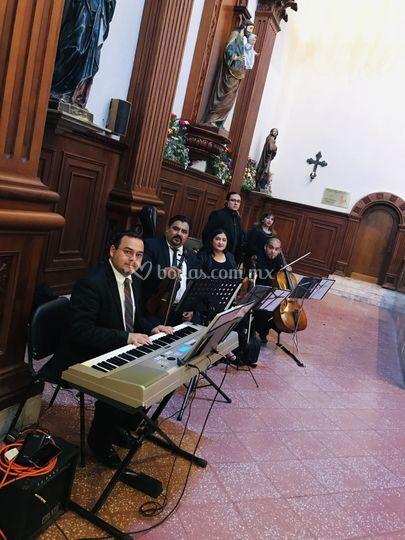 Servicio religioso misa