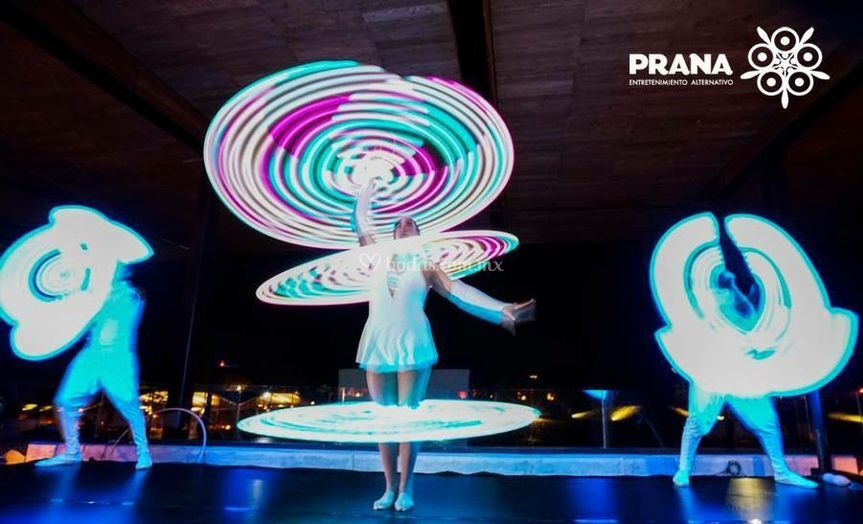 Espectaculo lightbeat by Prana