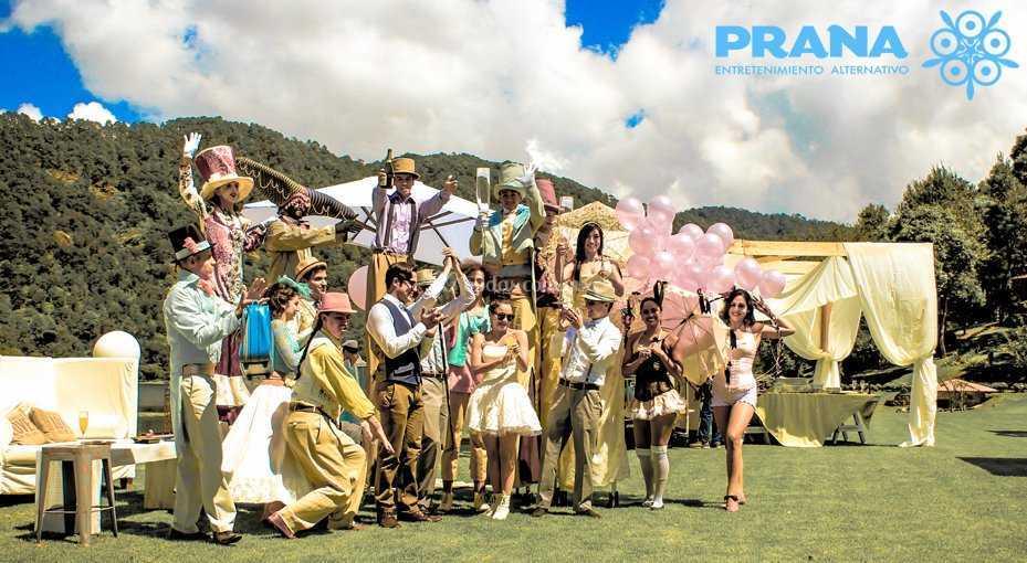 Vintage circus by Prana