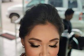 Tania Escobar Makeup