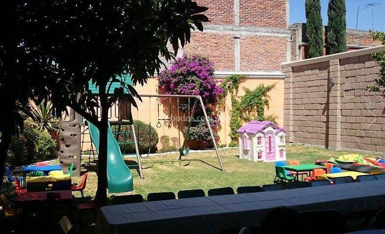 Juegos para ni os de jard n de la toscana foto 4 for Juegos de jardin para nios en puebla