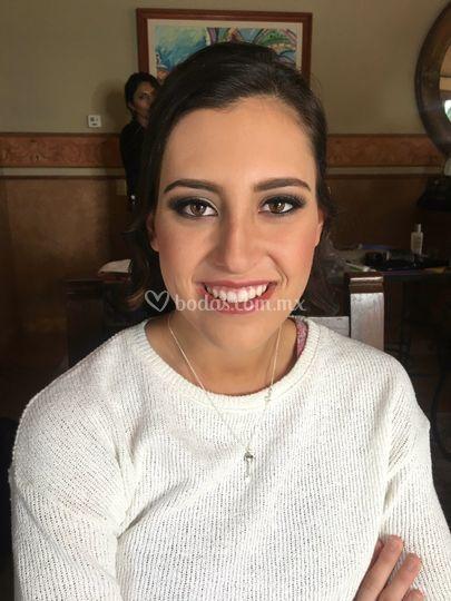Diseño maquillaje profesional