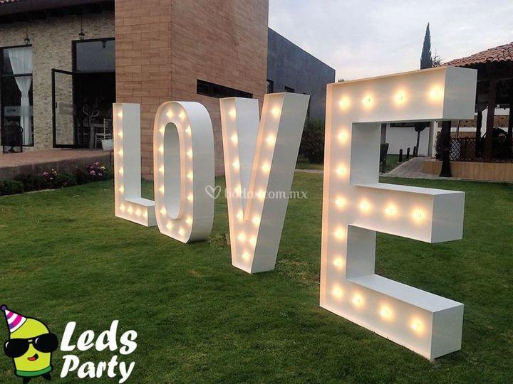 Letras gigantes para su boda