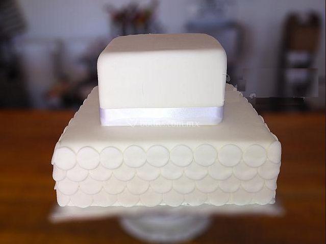 Pastel blanco